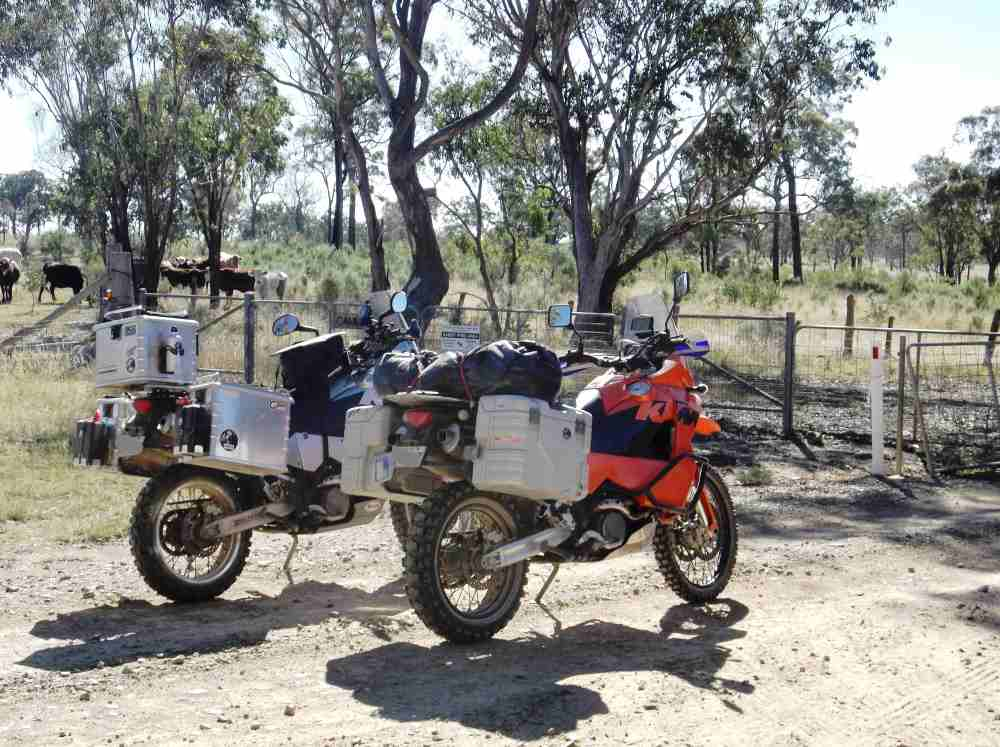 For KTM's original 950 & 950S LC8 Adventure from 2004 we offer Hepco & Becker motorcycle accessories, luggage and more.  All available in Australia from Motorcycle Adventure Products